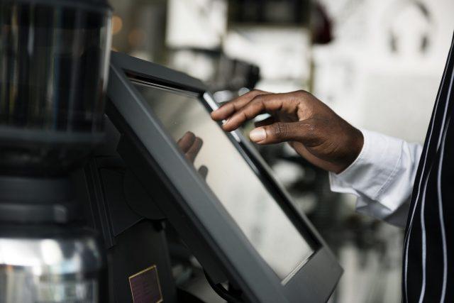 Vale a pena investir em um monitor touch?
